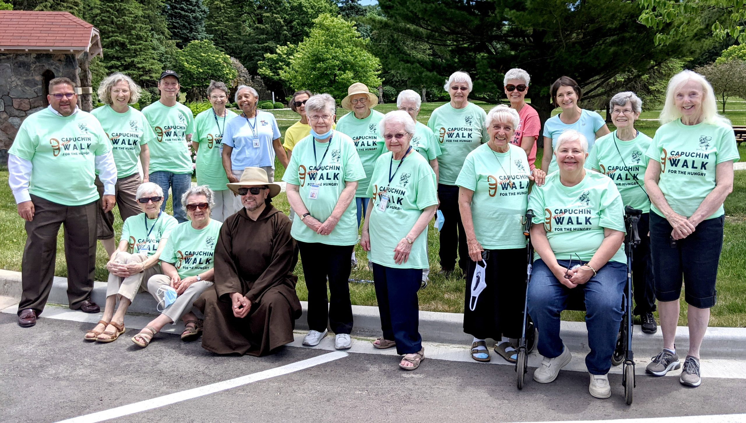 St. Ben's Walk for Hungry participants